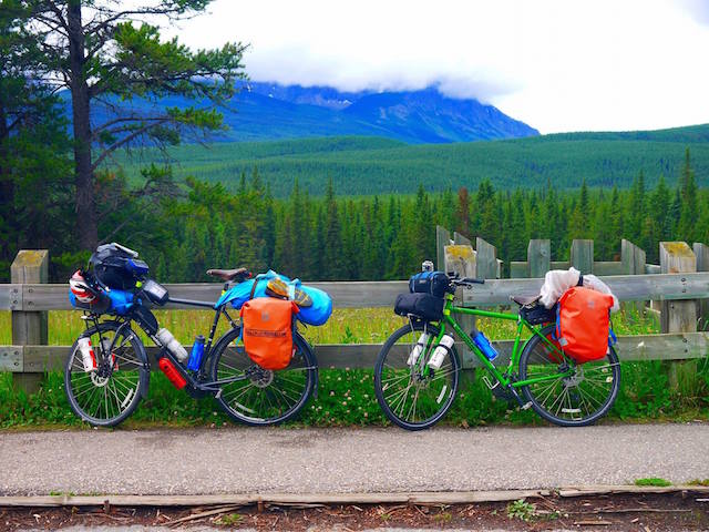 Cycling the Bow Valley Parkway
