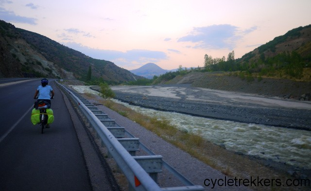 Cycling the silk road in Eastern Turkey